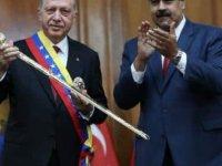Erdoğan, Trump'ın tanımama kararı aldığı Maduro'ya telefon etti: Dik dur kardeşim