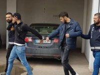 Uyuşturucu zanlılarına 5 gün ek tutukluluk