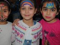 Girne Belediyesi yarıyıl şenliği çocuk partisi'nde çocuklar doyasıya eğlendi
