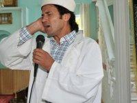 'Rockçı imam' adaylığını açıkladı