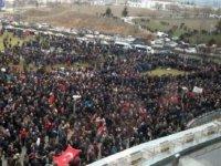 Emeklilikte Yaşa Takılanlar Ankara'da: Binlerce emekçi hakları için buluştu