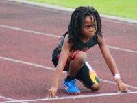 Henüz 7 yaşında 100 metreyi 13.48 saniyede koşuyor (video)