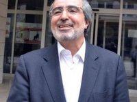 40 yıllık profesörü 'Peygamber torunuyum' diye kandırmış