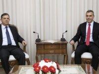 Uluçay, Kıbrıs Türk Emekli Subaylar Derneği'ni kabul etti