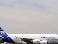 Airbus, geniş gövdeli A380 uçaklarının üretimini sonlandırıyor