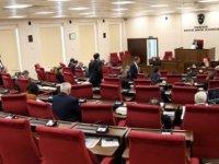 CTP'li vekiller 'ana muhalefet başkanı konuşurken içeride kimse yok' diyerek salonu terk etti