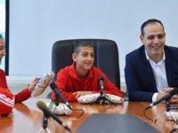Harmancı, Yeşilyurt özel eğitim merkezi öğrencilerini kabul etti