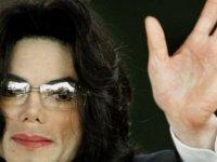 Kanada ve Yeni Zelanda'da radyolar taciz belgeselinden sonra Michael Jackson şarkıları çalmıyor