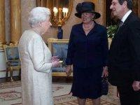 Anastasiadis'ten Kraliçe 2. Elizabeth ziyareti