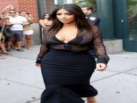 Kardashian, Eski aşkıyla komşu oluyor