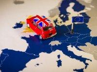 İngiltere: AB'den anlaşma olmadan ayrılırsak serbest dolaşım biter