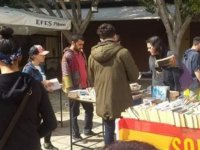 Sol Hareket ikinci el kitap pazarı düzenledi