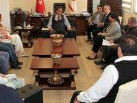 Erhürman,YYK ve özel televizyon yayıncıları ile görüştü