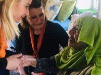 UBP kadın kolları yaşlıları ziyaret etti