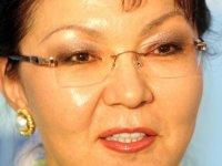 Nazarbayev'in kızı Senato Başkanı seçildi
