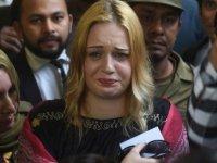 Çek model Tereza Hluskova karar sonrası gözyaşlarını tutamadı (İdam istemiyle yargılandı)