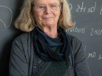 'Matematikçilerin Nobel'i olarak bilinen ödülün sahibi ilk kez bir kadın oldu