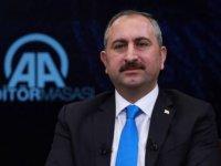 Adalet Bakanı Gül'den 'seçilse de görevden alırız' tehdidi: Belediye başkanı da meclis üyesi de...