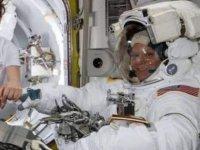 NASA'dan astronota: Medium beden uzay giysisi yok seni yollayamıyoruz