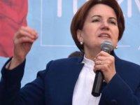 İyi Parti Genel Başkanı Meral Akşener, AKP'nin kalelerini kaybedeceği için kendisini tutuklatmak istediğini söyledi