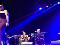 Lefkoşa Belediye Orkestrası'ndan ayakta alkışlanan 'Neşet Ertaş Gecesi'