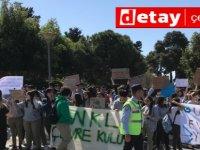 Mağusa'da öğrenciler iklim değişikliğine farkındalık yürüyüşü gerçekleştirdi