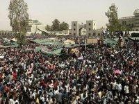 """ABD'nin """"Terör Listesinden"""" Çıkmak İsteyen Sudanlılar İsrail'le Normalleşme Şartını Reddediyor"""