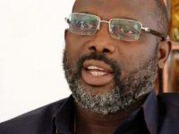 Liberya lideri Weah'ın ofisini yılanlar bastı: Evden çalışıyor
