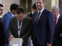 AKP'li vekil 'FETÖ itirafçısı' çıktı