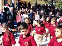 Bakan Özyiğit Alayköy İlkokulu'nda düzenlenen törene katıldı
