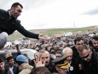Emniyet Genel Müdürü Uzunkaya, Kılıçdaroğlu'na linç girişimi anını anlattı: Gözü dönmüş binin üzerinde kişi vardı