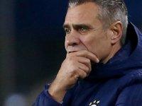 Fenerbahçe siteleri Yanal'ın istifasını sunduğunu açıkladı