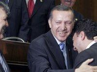 AKİT yazarı Yılmaz : 17 yıllık AK Parti iktidarının yıkılışından korkuyoruz