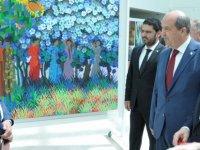 """""""Türkmenistan ve Tataristan Sanatçıları Sergisi"""" Ulusal Birlik Partisi Genel Başkanı Ersin Tatar Tarafından Açıldı"""