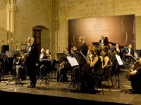 23'üncü Kuzey Kıbrıs Uluslararası Bellapais Müzik Festivali dün akşam başladı
