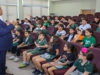 Doğa İlkokulu öğrencileri Gazimağusa Belediyesi'ni ziyaret etti