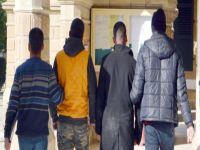 Uyuşturucu zanlılarına 1 gün daha tutukluluk