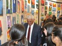 Güzelyurt Şehit Turgut Ortaokulu'nun yıl sonu sergisi bugün Güzelyurt Kapalı Çarşı'da açıldı.