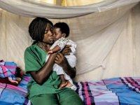 Kongo'daki Ebola salgınında ölü sayısı bini geçti: Yakınlarını kaybedenler mezar kazıcılara ve sağlık görevlilerine saldırıyor