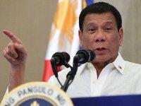 Filipin Devlet Başkanı: Geydim, güzel kadınlar beni iyileştirdi, yeniden erkek oldum