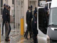 Yasa dışı dinleme operasyonunda 2 kişi teslim oldu