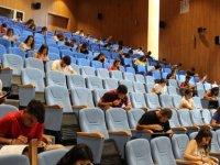 LAÜ'nün Giriş ve Burs Sınavı yapıldı