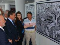 Batukhan Baimen'nin Baskı Resim Sergisi Turizm ve Çevre Bakanı Ünal Üstel tarafından açıld