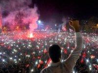 Ekrem İmamoğlu'nun İstanbul Belediye Başkanlığı'na seçilmesi Rum gazetelerinde
