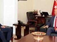 Başbakan Tatar Lefkoşa Türk Belediyesi Başkanı Harmancı'yı kabul etti