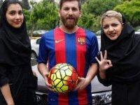 """""""Messi'yim"""" dedi, 23 kadınla ilişkiye girdi"""