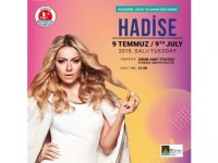 Hadise, yarın akşam Girne Amfi Tiyatro'da konser verecek