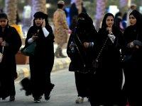 'Suudi Arabistan'da kadınlara yurt dışı seyahat özgürlüğü geliyor'