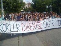 """ODTÜ'lüler KYK yurduna karşı Kavaklık'a yürüdü, fidan dikti: """"AKP elini ODTÜ'den çek"""""""