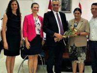 Eğitim Bakanı Çavuşoğlu, Kanser Hastaları Derneği'ni kabul etti